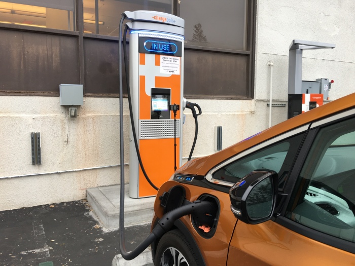 Watch A Bolt Ev At A Chargepoint Express 250 Charge At Up To 55 Kw