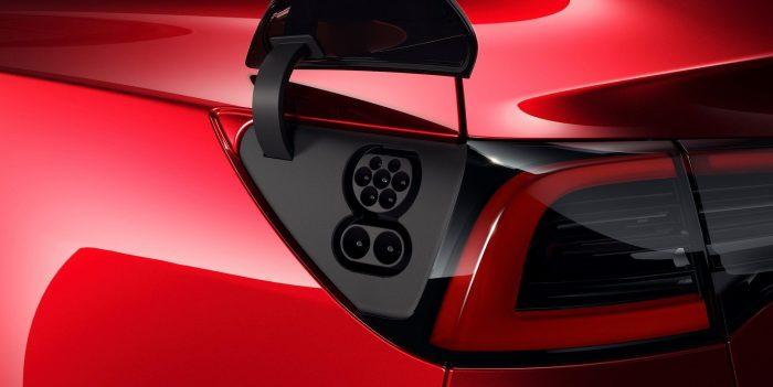 Tesla-Model-3-CCS1-e1542191696558